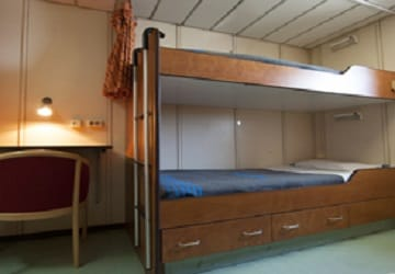 balearia_levante_bunk_bed