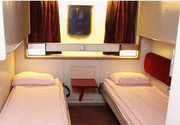 brittany_ferries_bretagne_club_4_bed_cabin