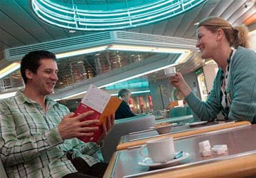 brittany_ferries_normandie_cafe